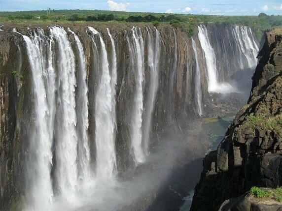 Африка. Зимбабве. Водопады Виктории.