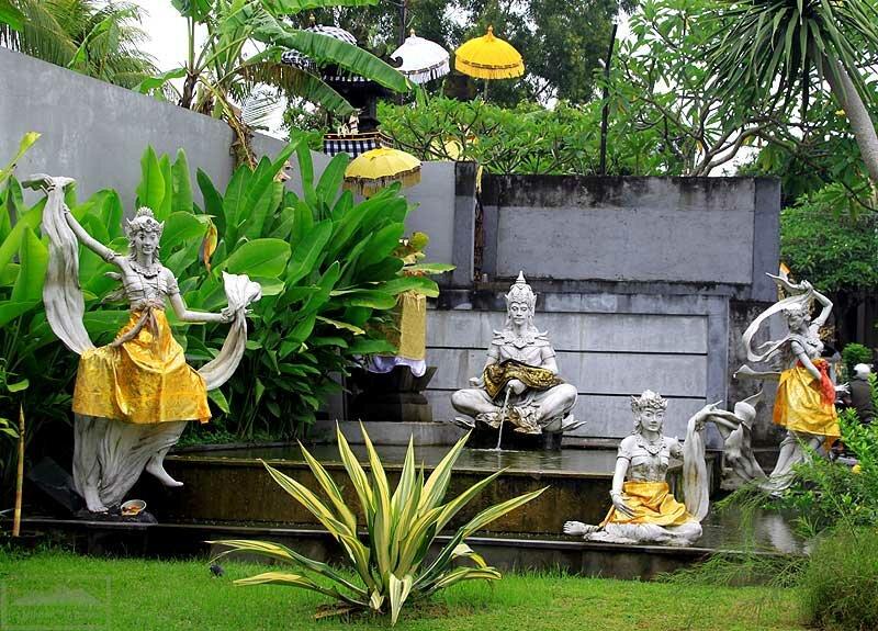 Храм бензоколонки