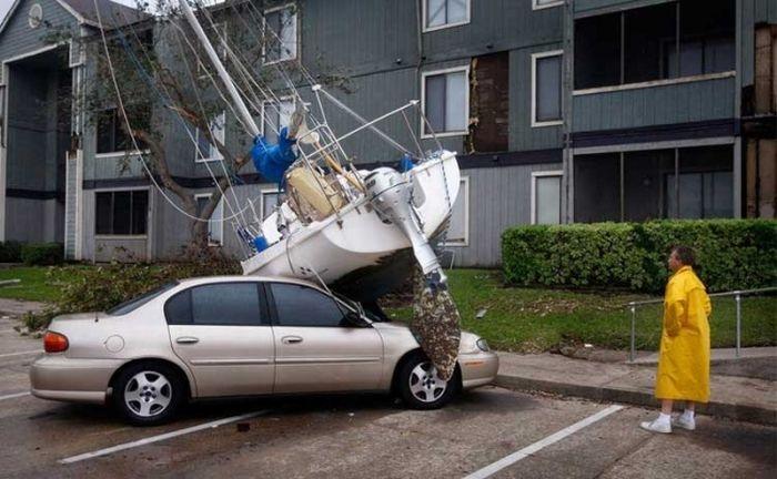 0 70293 b8e5f852 orig 60 самых нелепых автомобильных происшествий