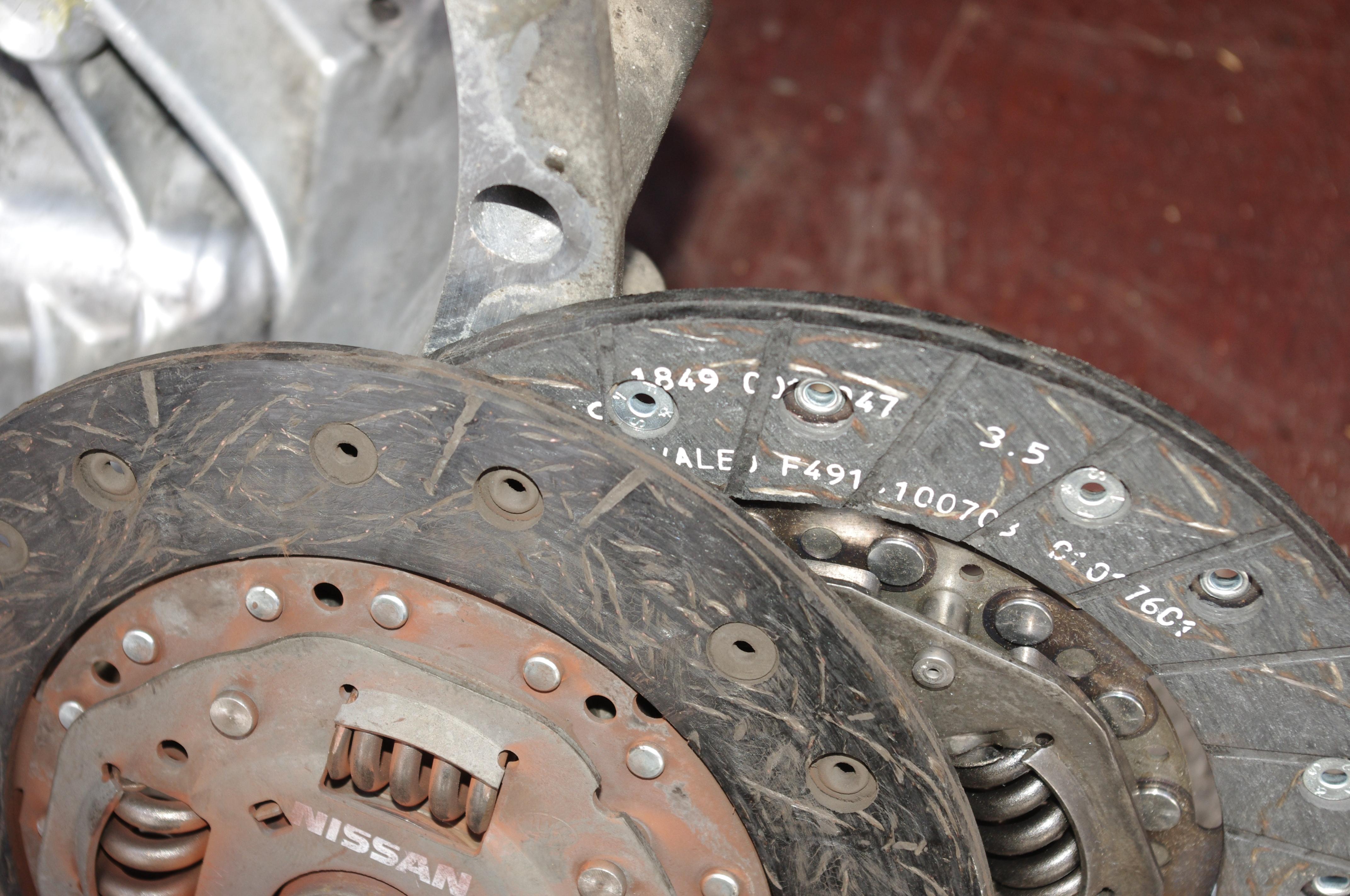Самостоятельная замена сцепления Nissan Almera N16 4