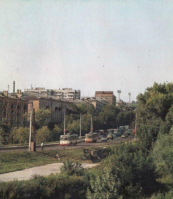 Троллейбус на Богданке, 1983, фото В.Собровина