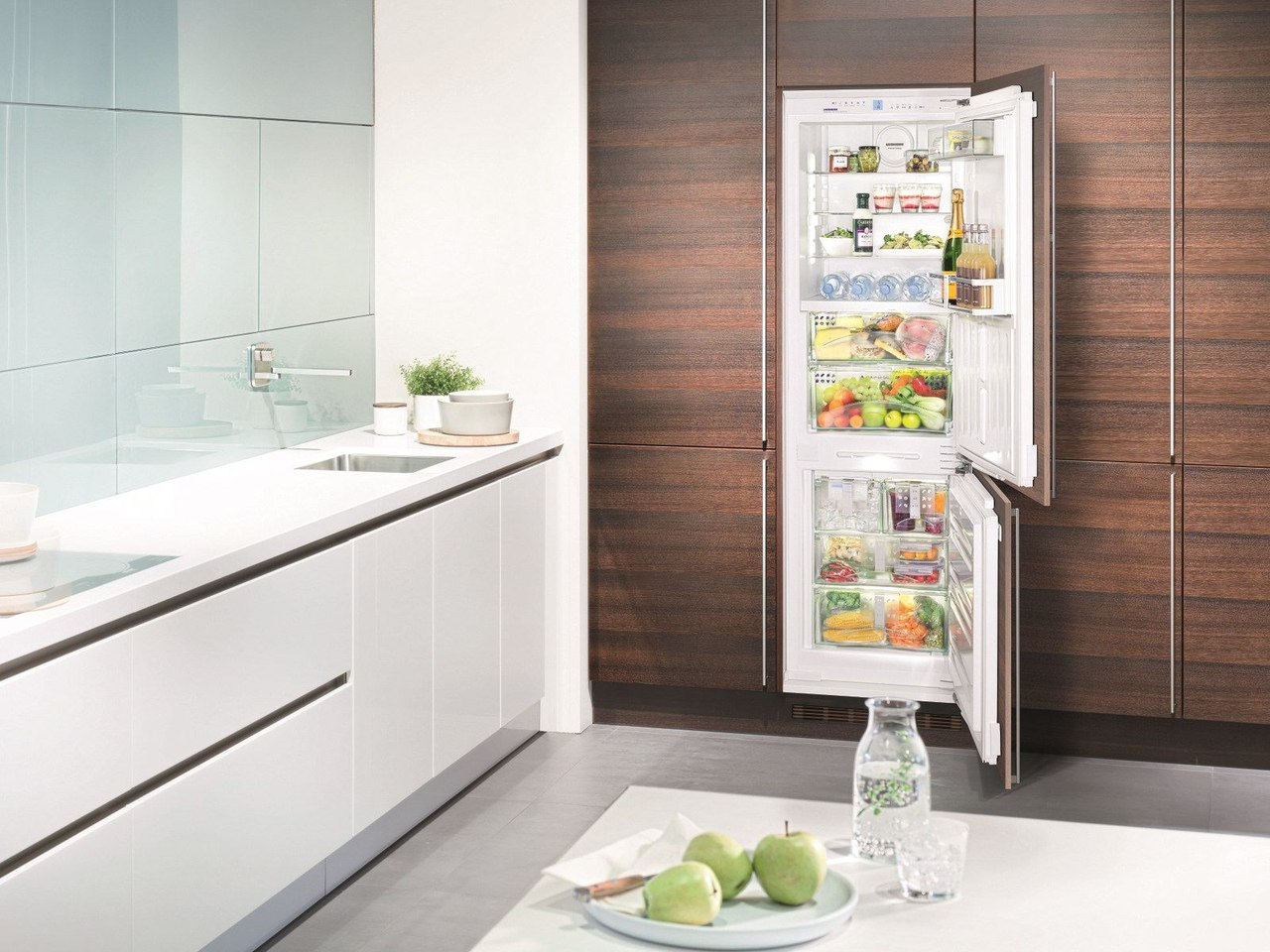 Холодильно-морозильная встраиваемая комбинация - встраиваемые холодильники Краснодар