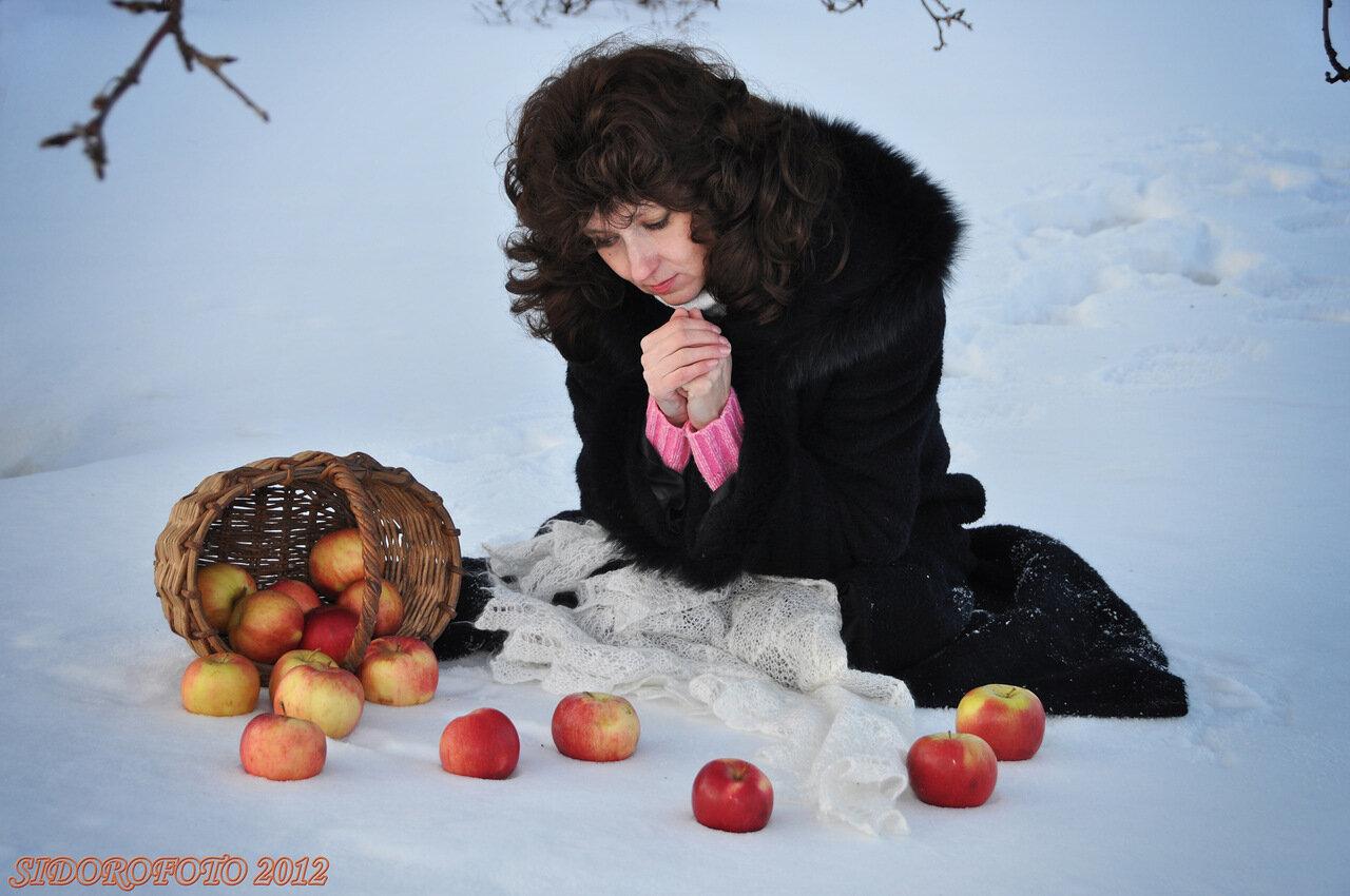 картинка анимация яблоки на снегу сколько хочешь, снова
