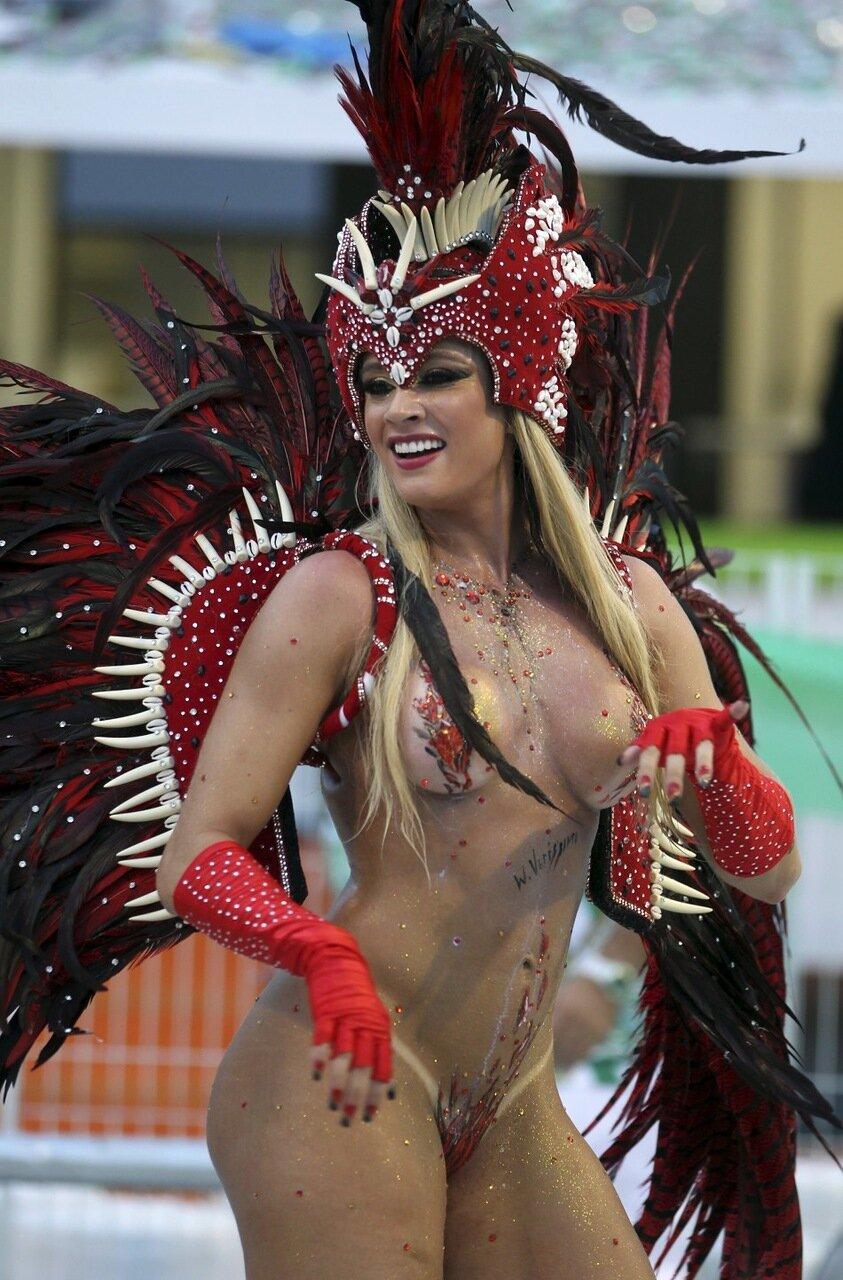 Эротические карнавалы онлайн 12 фотография