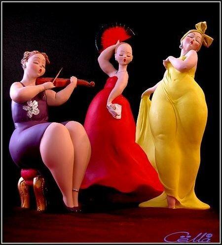 Emilio Casarotto и его толстушки-статуэтки.