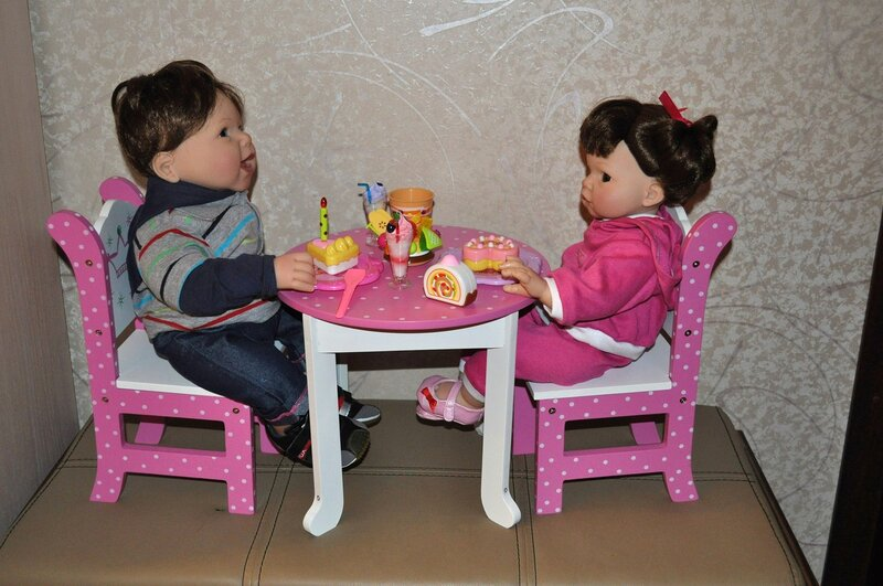 как сделать столик для кукол своими руками