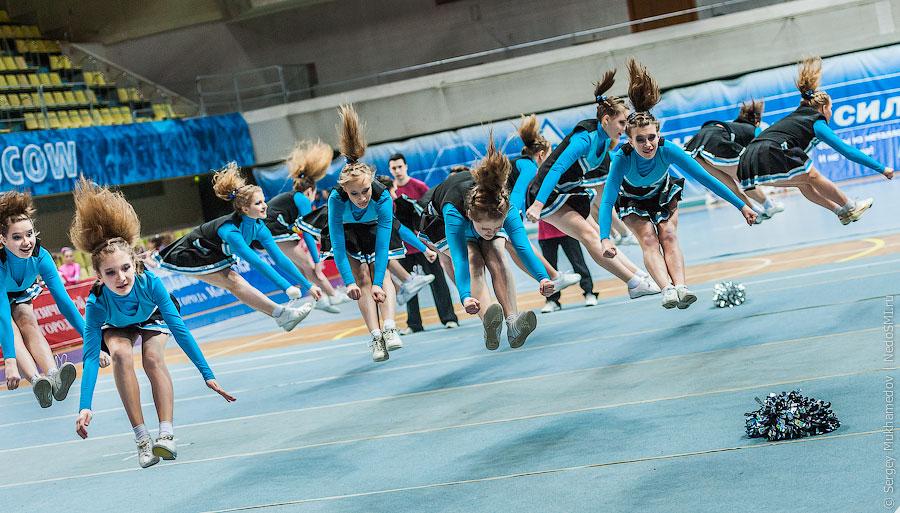 ВсС' для черлидинга: помпоны, костюмы, аксессуары. http://cheerleading.