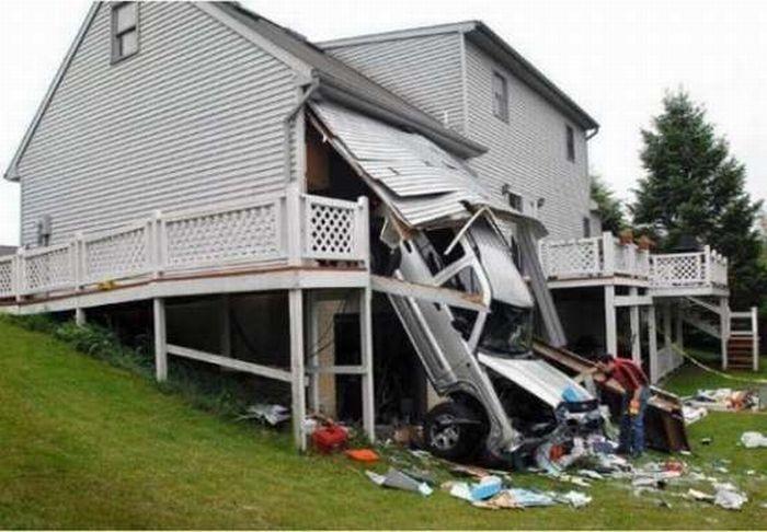0 7027b d0e4b0e3 orig 60 самых нелепых автомобильных происшествий