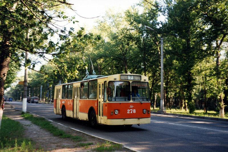 Троллейбус 278 на Богданке, 1997, фото А.Оландер