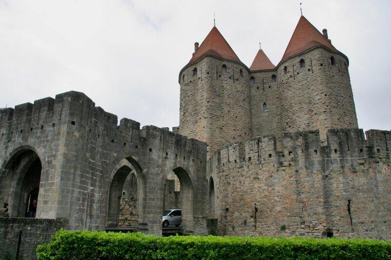 Нарбонские ворота в крепости Каркасон