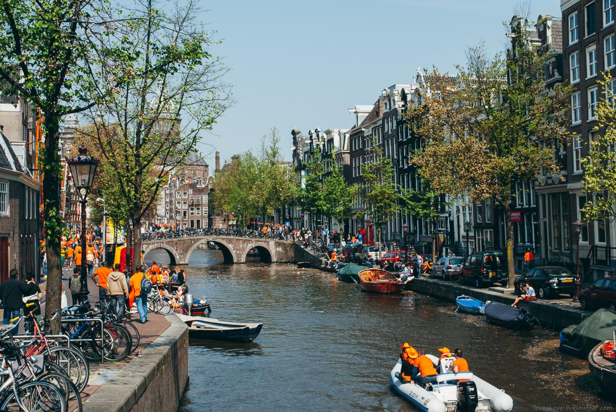 День королевы в Амстердаме. 2011 год