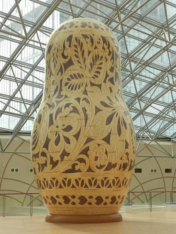 Выставка гигантских матрешек!!!