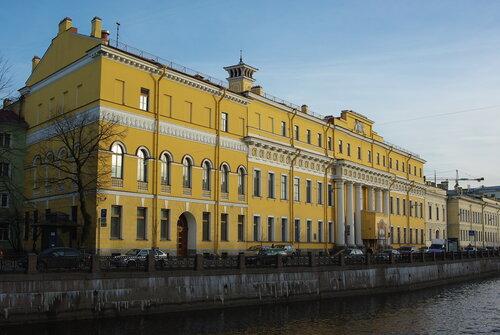 прогулка по апрельскому Петербургу