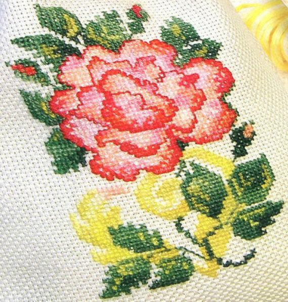 Вышивка с крестом роза Женский.