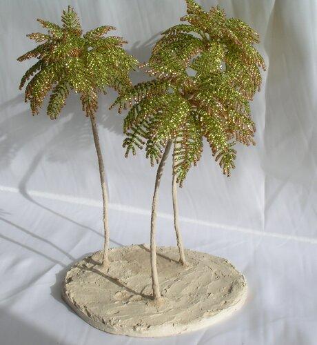 как делать из бисера деревья, плетение бисером для начинающих деревья, пальма из бисера.