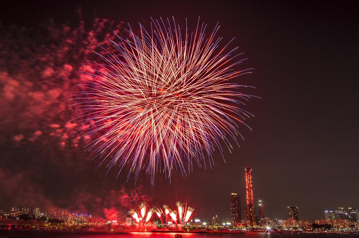 6 место. Международный Фестиваль Фейерверков в Сеуле. В текущем году проведения действия запланирова