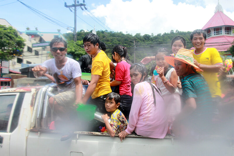 Тайский новый год Сонгкран 2012