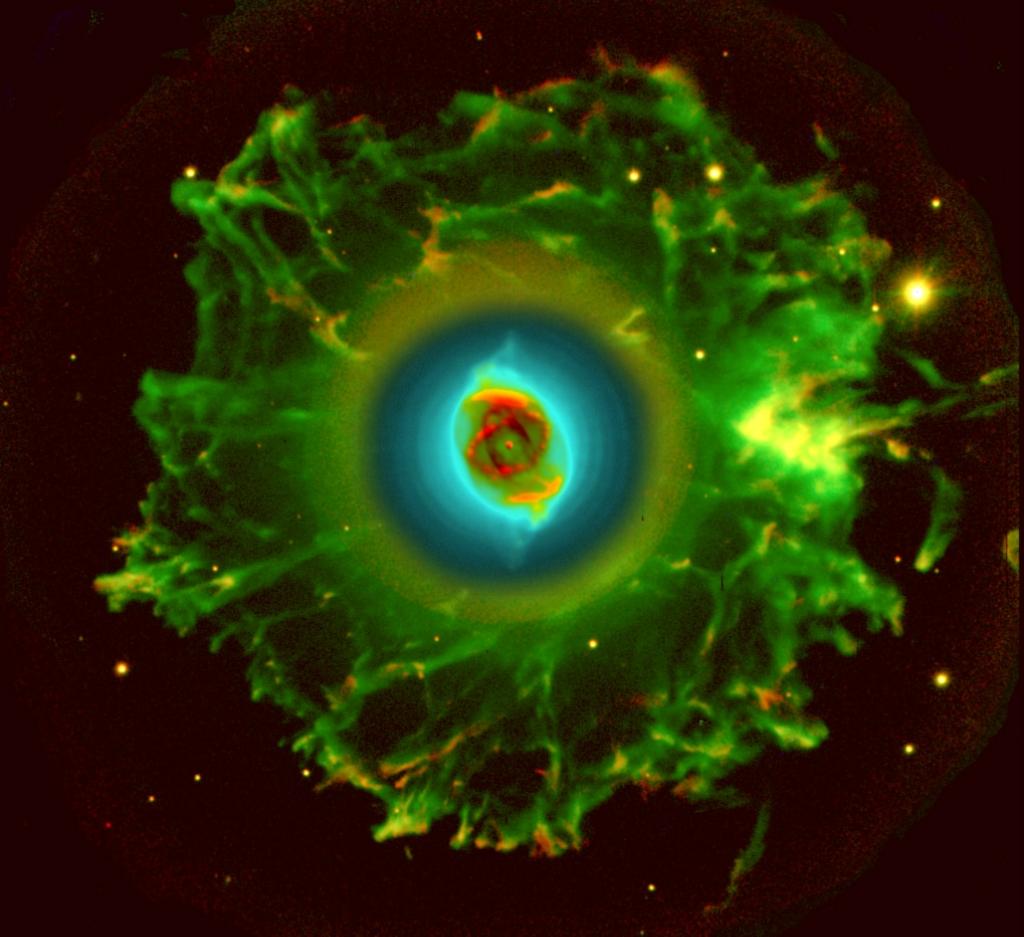 Около яркой звездочки легко нашли уплотнение внешней части туманности (гало) в виде размытого неровного треугольника.
