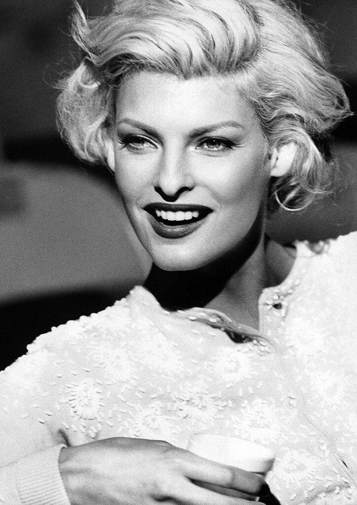 look like Marilyn