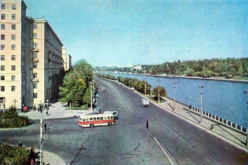 ZAVODFOTO / История городов России в фотографиях: Москва, 1960-е
