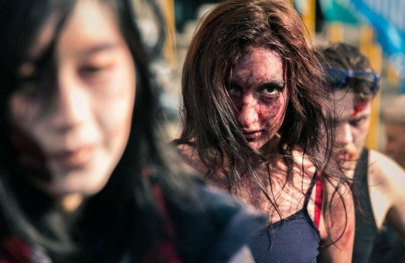 Окровавленные зомби в Брюсселе на фестивале фантастики 0 16079e 79a11e00 XL