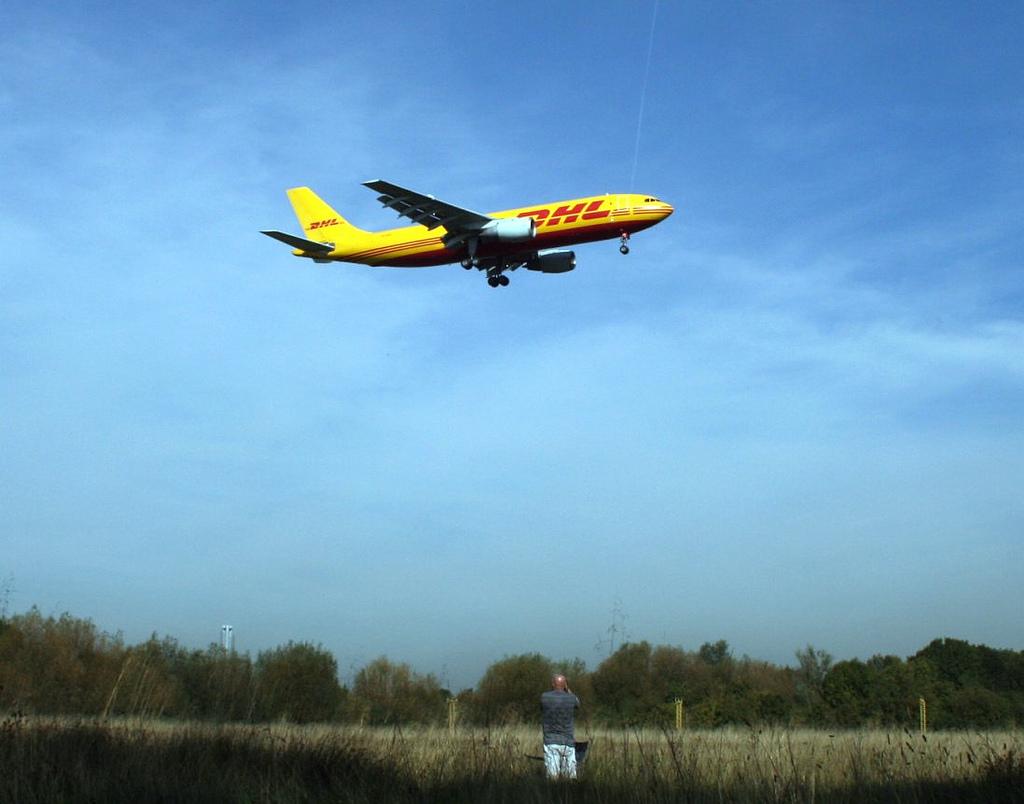 Airbus A300 B2. Фото: Stuart Axe