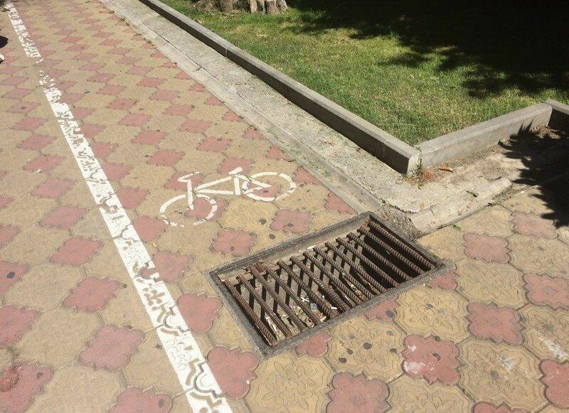 0 1e8834 a82402a8 XL Доказательства тяжелой жизни велосипедистов в городе: фото и видео
