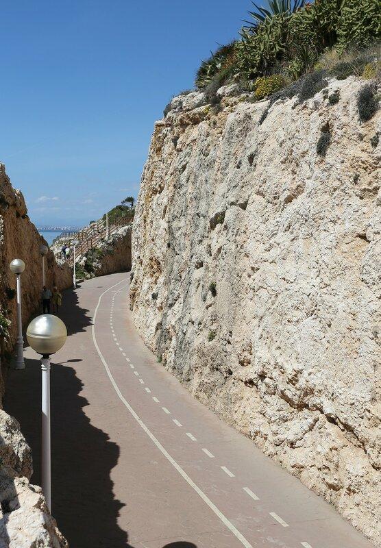Ринкон-де-ла-Виктория. Променад Канталь (Promenade Cantal)Променад Кантал (Promenade Cantal)