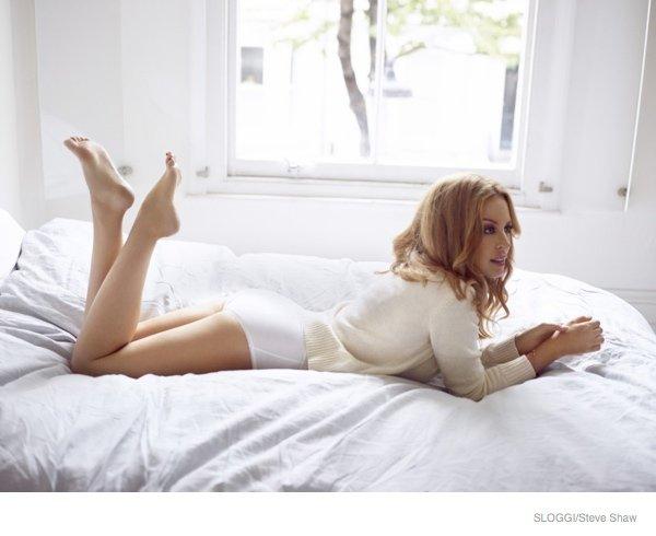 Кайли Миноуг в рекламе белья Sloggi