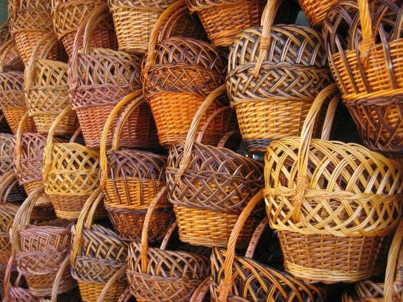 Корзина (плетеное изделие)