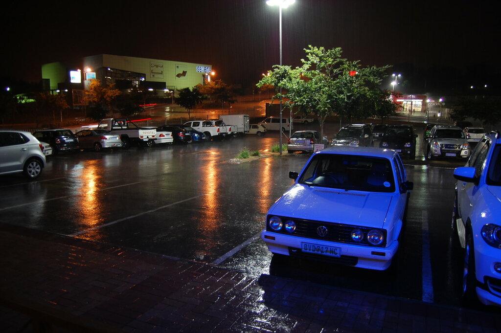 Volkswagen City Golf rain.JPG