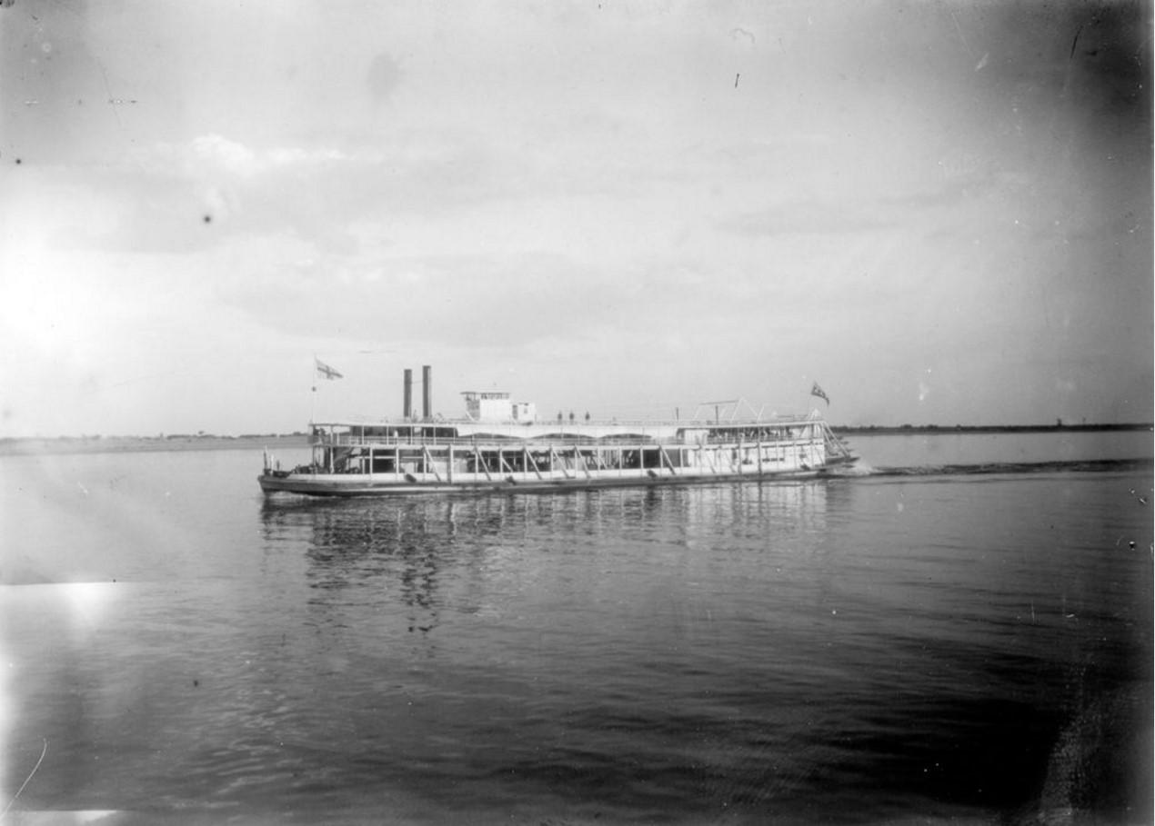 1908. Заднеколесный пароход «Великая княгиня Мария». Общий вид. Астрахань