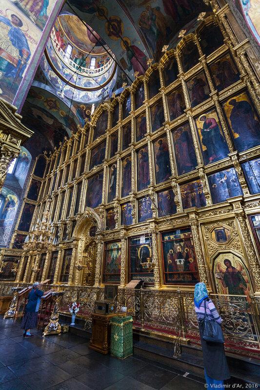 Иконостас Спасо-Преображенского собора Новоспасского монастыря
