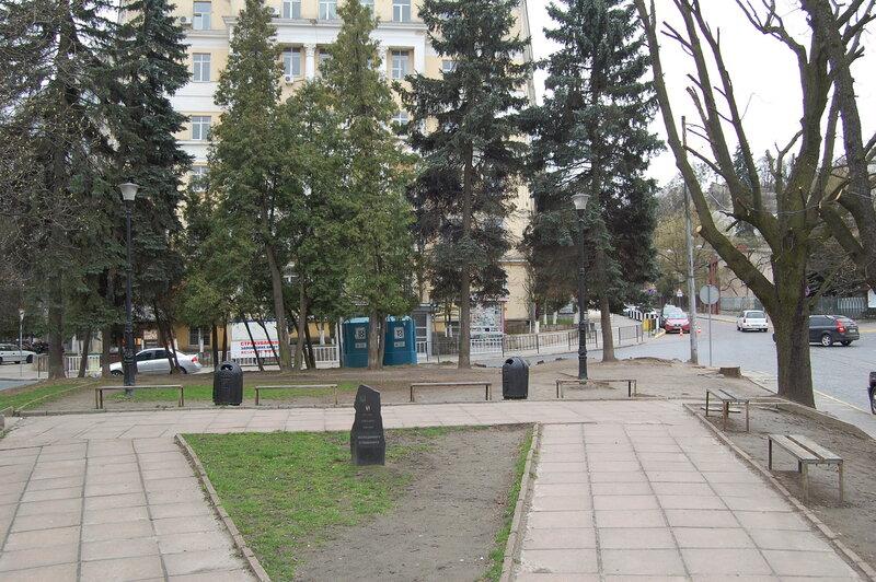 Место, где стоял памятник Кузнецову