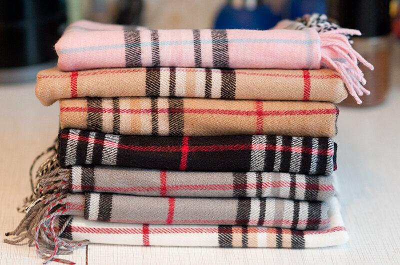 Burberry шарф из шерсти и шелка
