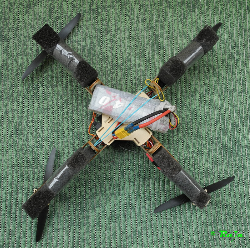 QuadroCopter w Anticrash Chassis