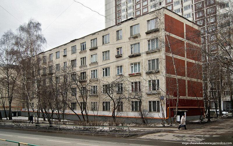 Администрация Охотска вновь нарушала порядок отбора управляющей организации для управления многоквартирными домами.