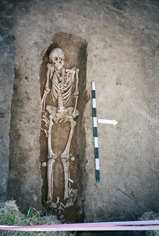 Золотые горки. Погребение ордынского времени на хазарском городище