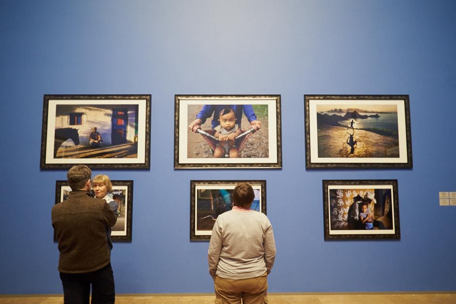 стив маккарри; выставка; стив; маккарри; Steve McCurry; Steve; McCurry; момент беззащитности;