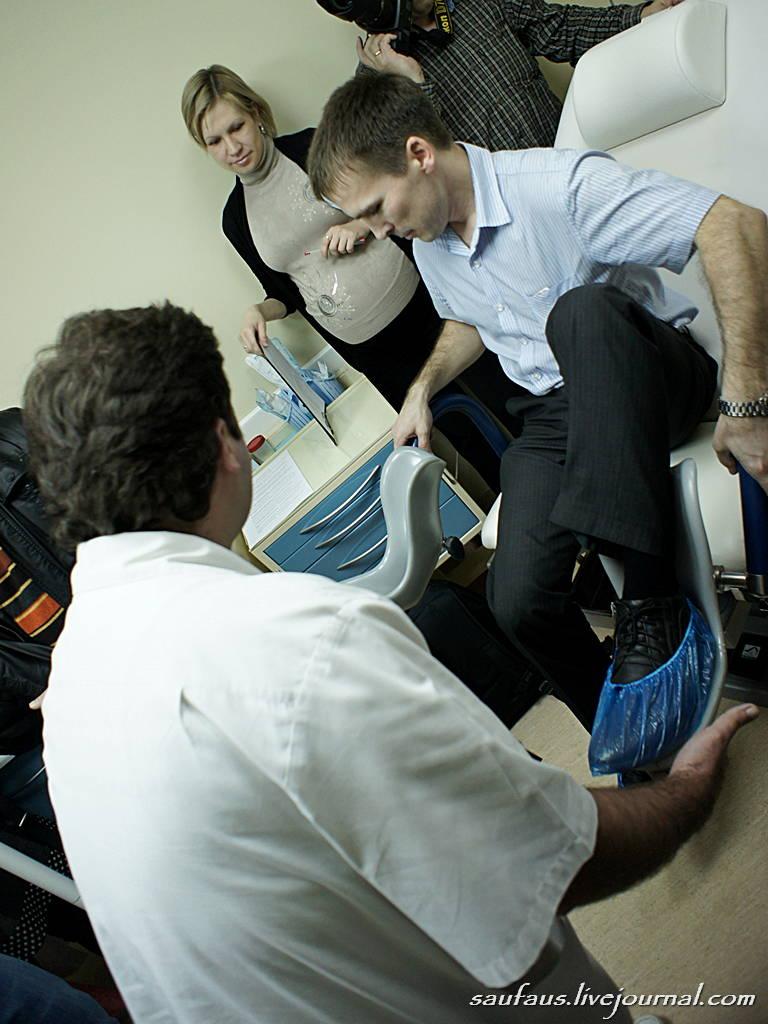 Сидит в гинекологическом кресле смотреть онлайн 14 фотография