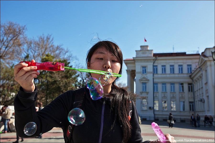 Флешмоб с мыльными пузырями