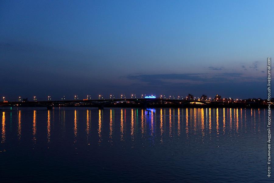 Канавинский мост через реку Оку вечером