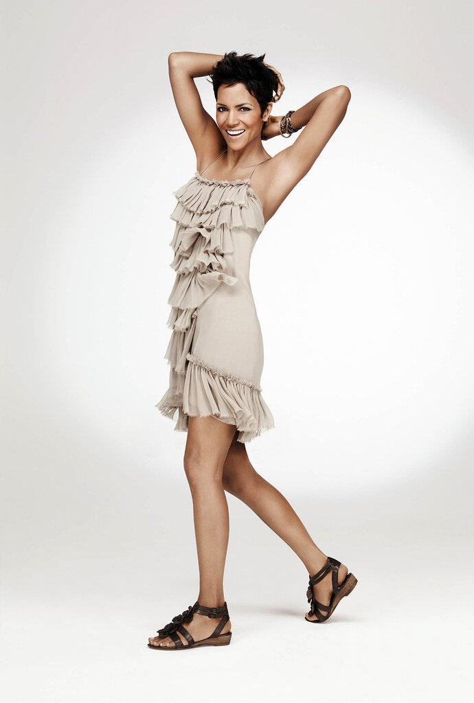 Холли Берри (Halle Berry) весна 2012
