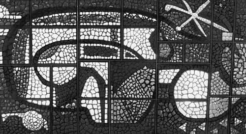 фрагмент витража, иллюстрация из БСЭ
