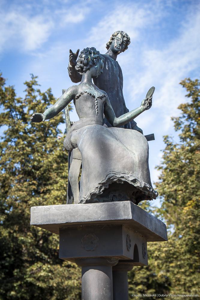 Памятники орел цены Ковров на берегу моря памятник в екатеринбурге отцу