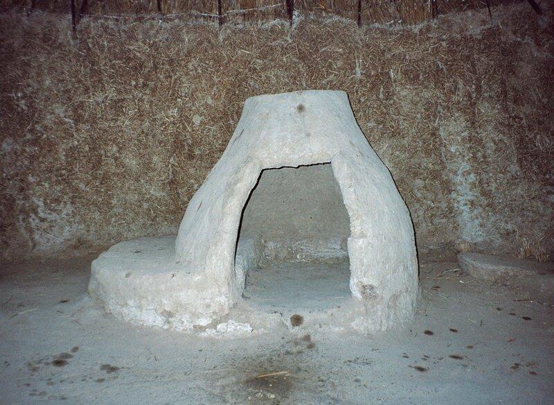 Танаис. Печь внутри хижины
