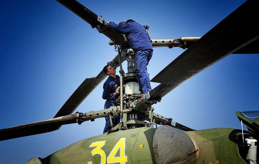 """""""切尔尼戈夫""""空军基地:卡-52、米-24武装直升机的飞行训练 - 巡航者 - 军工.科技.新知"""