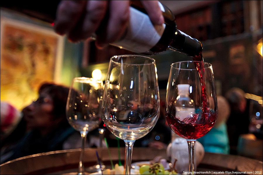 Виноделы Крыма хотят эмбарго для европейских вин