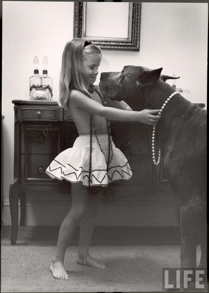 Nina Leen 1957