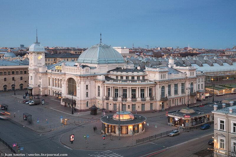 October 5th, 2012, 04:31 PM.  Прибалтиец.  Витебский вокзал в стиле модерн с Санкт-Петербурге: вид сверху.